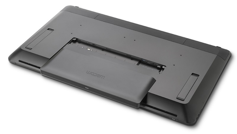 wacom-cintiq-pro-engine-3quarter-view-partially-attached-g2